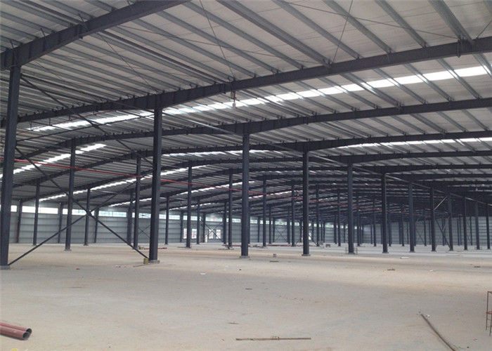 Assembled Custom Design Warehouse , Prefabricated Light Warehouse Roof Structure
