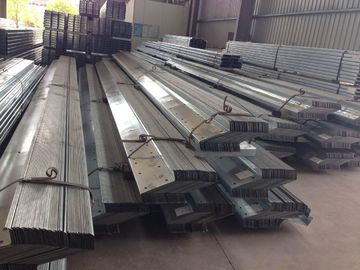 China 1.912 To 43.588kg / M Galvanised Steel Purlins Lipped Channel Steel Material factory
